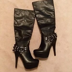 Shi by journey's  ladies black boots